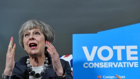 La primera ministra Theresa May durante un acto de campaña este m...