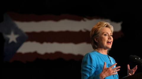 La senadora Clinton en San Juan durante las primarias demócratas...