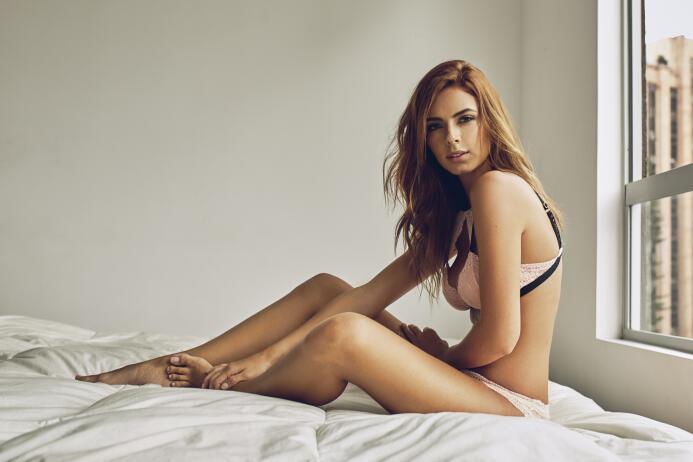 Daniela Arango, una sensual rebelde que es amante de la bicicleta fabito...