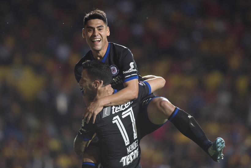 En fotos: Lobos BUAP sorprendió 2-1 al líder Monterrey  20171103-524.jpg