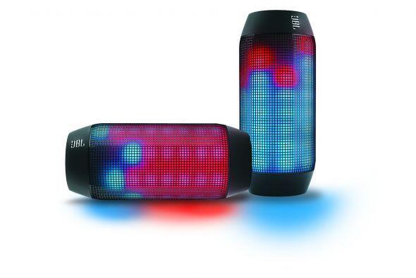 Para las reuniones con sus amigos La Bocina Bluetooth portátil JBL Pulse...