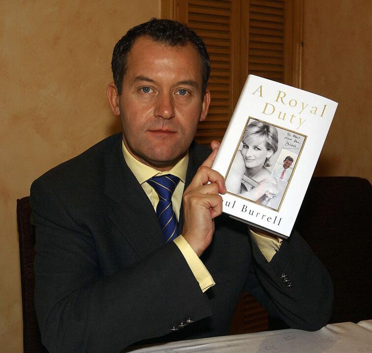 La revelación se hizo en el libro A Royal Duty, de Paul Burrell, ex amo...