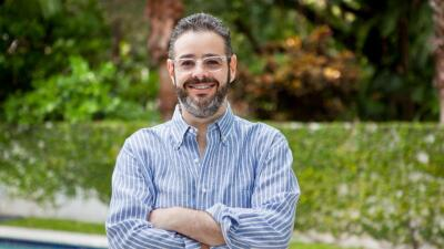 Isaac Lee deja su puesto como jefe de contenido en Univision y Televisa