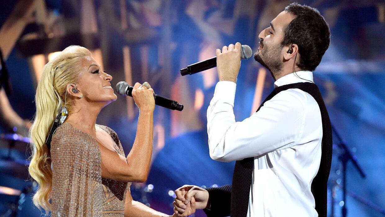Yuri y Reik en los Latin American Music Awards.