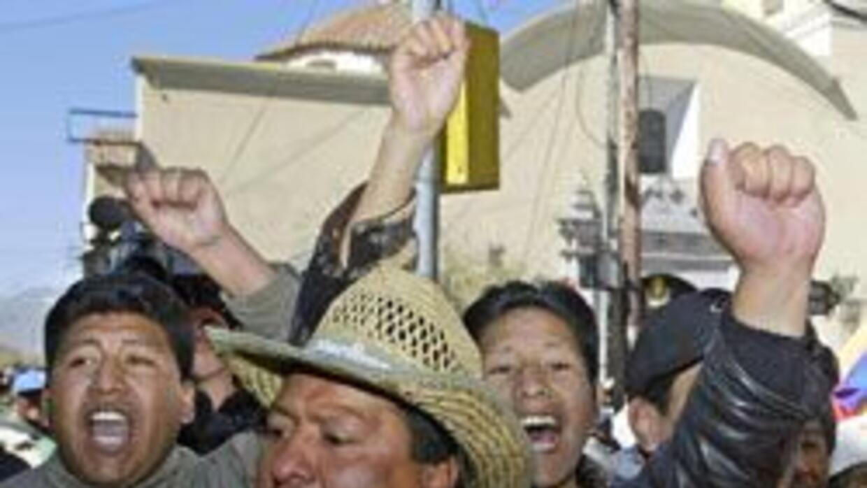 El enfrentamiento entre mineros y policías dejó un saldo de cinco person...