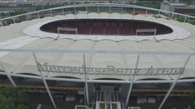 Recorrido por el estadio del VfB Stuttgart al lado del futbolista Andreas Beck