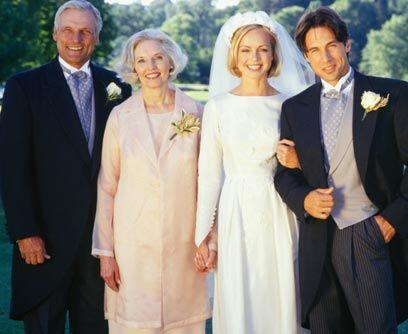 Recuerda también que te casaste con él, no con su familia,...