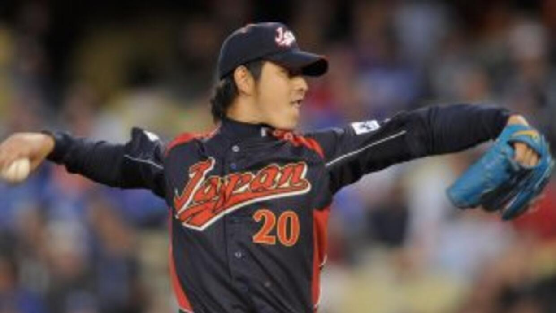 El lanzador derecho japonés generó interés entre siete y ocho equipos de...