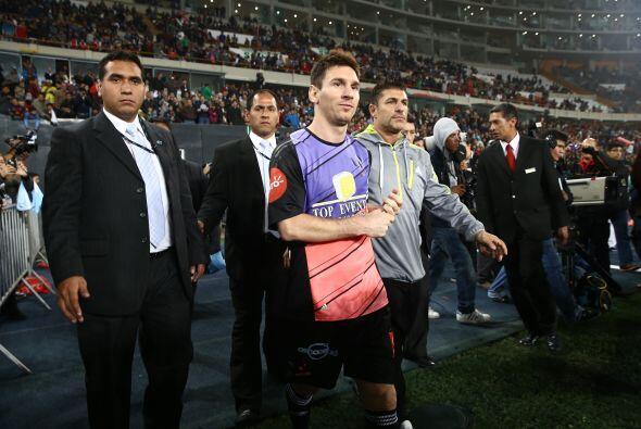 Messi y sus amigos enfrentaron al equipo de Neymar y sus amigos en Per&u...