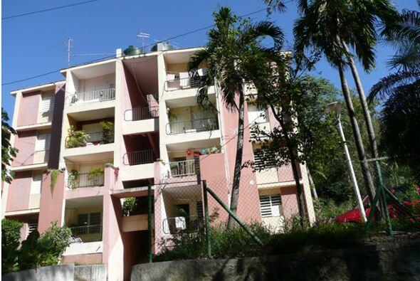 El apartamento donde vive Lorenzo Pérez Pérez fue fabricado al final del...