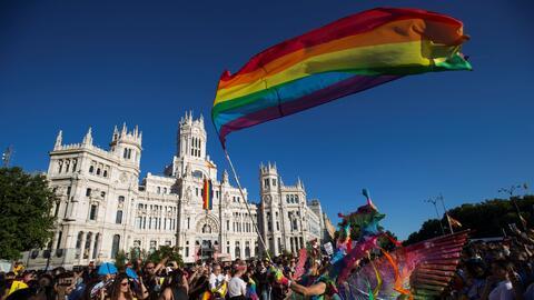Derechos LGBT 2017-07-01T224956Z_1387362948_RC172C789D80_RTRMADP_3_SPAIN...