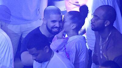 Drake y Rihanna muy besucones en Miami