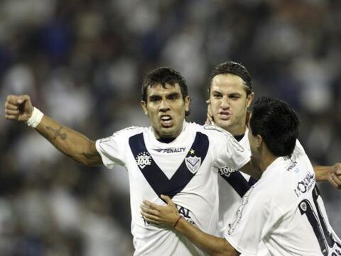 Vélez Sarsfield arrancó con luz verde los octavos de la Li...