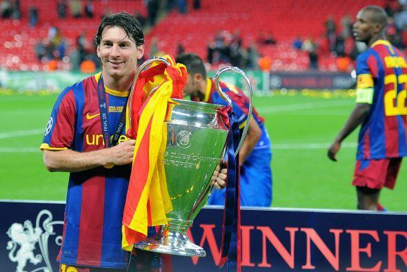 El 2011 marcaría otro gran galardón para el Barcelona y para Messi, en e...