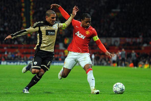 El manchester United jugaba un duelo crucial ante el Benfica.