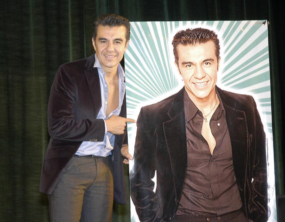 Adrián Uribe Galavisión