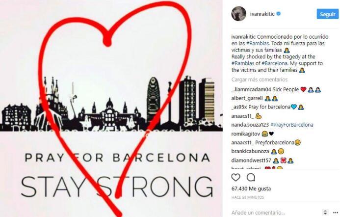 El mundo del deporte se solidariza con las víctimas de Barcelona BCN42.JPG