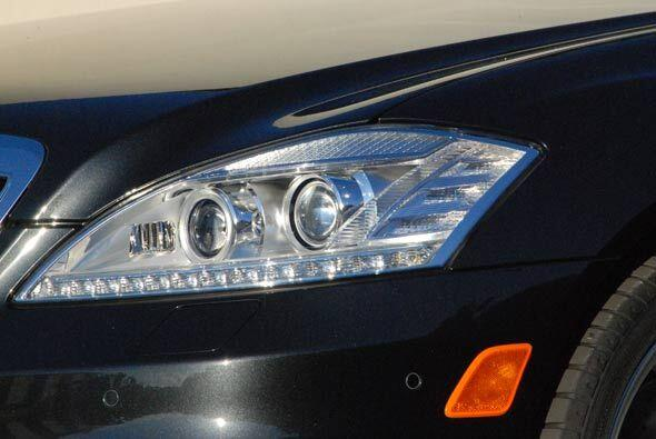 Mercedes-Benz S400 Hybrid 2011 77f2f05c2e61487dbf77bc08d57157ad.jpg