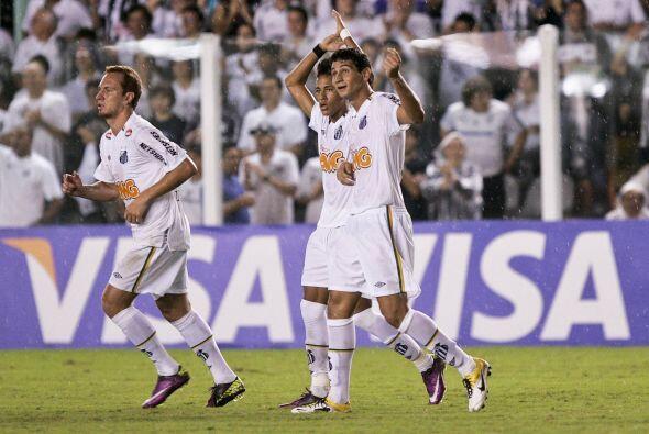 Santos de Brasil derrotó 1 - 0 al América con gol de la juvenirl promesa...
