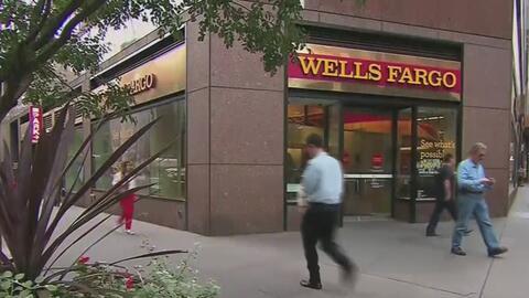 Accionistas presentan demanda contra banco Wells Fargo