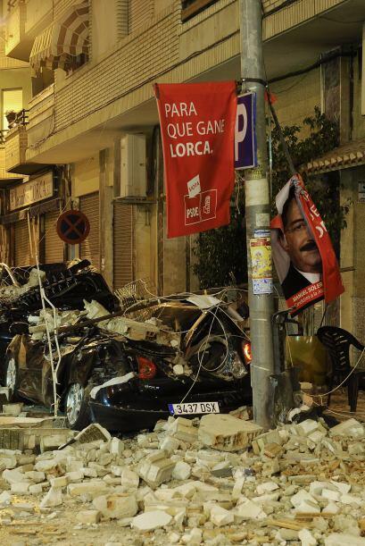 Dos horas más tarde, los habitantes de Lorca fueron sorprendidos por un...