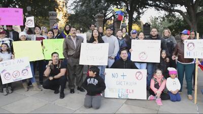 Venezolanos en Austin protestan por la situación que se vive en su país