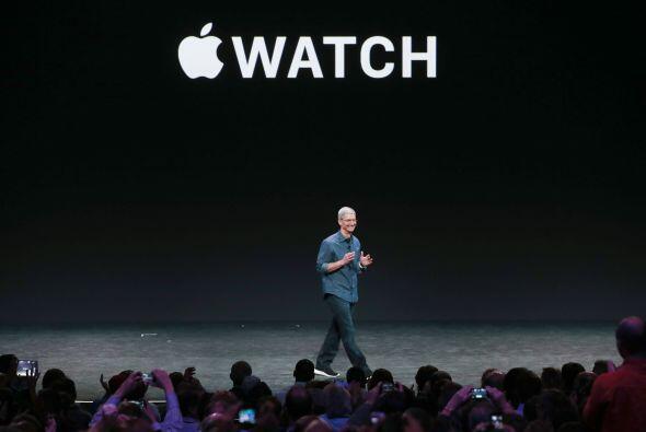 Es posible darle órdenes a Siri y responder mensajes por voz o usando al...