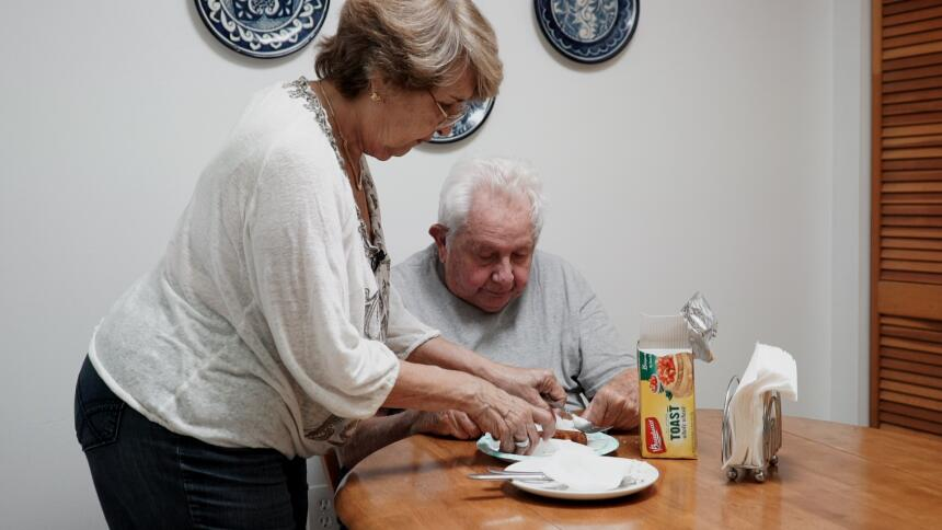 salud cuidadores adultos mayores ana