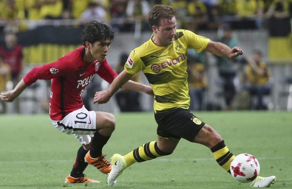 Nápoles arrolla al Benevento y el Milan no falla ante Udinese AP_1719646...