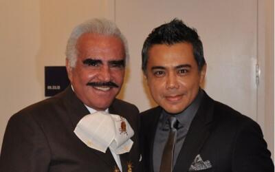 Raul Brindis con Vicente Fernandez