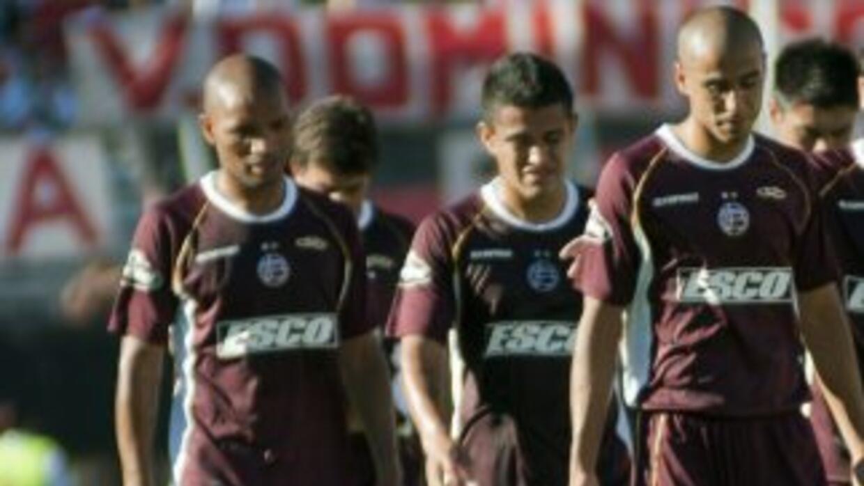 Lanús no supo tumbar a Atlético rafaela y apenas empató en su casa 1-1 d...