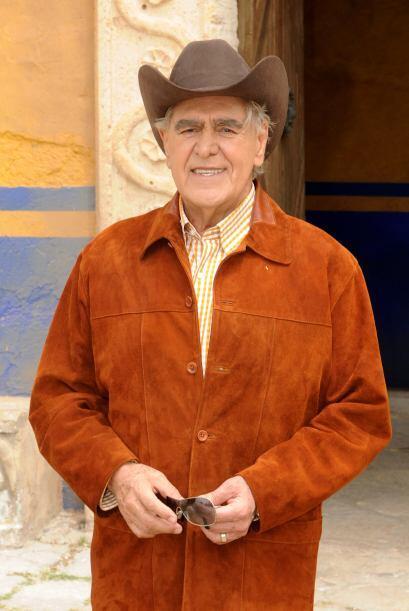"""En 2010 realizó el papel de """"Féderico Montesinos"""" en """"Soy Tu Dueña""""."""