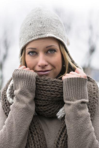 De trama gruesa. Las bufandas de lana tejidas en punto grueso ¡jamás pas...