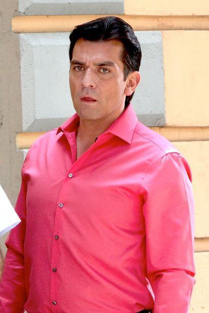 """En este melodrama interpreta a """"Santos de la Garza y Treviño"""", dueño de..."""