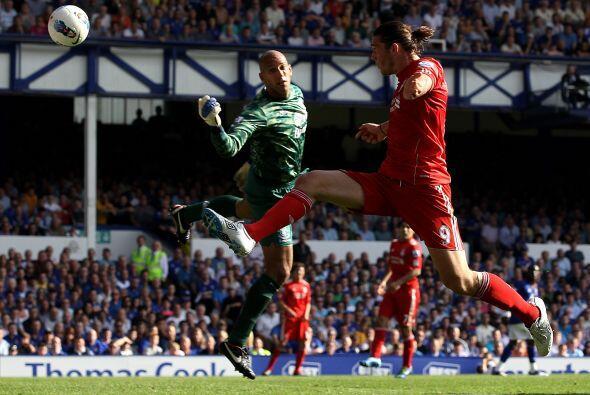 Everton recibió al Liverpool en el clásico de dicha ciudad.