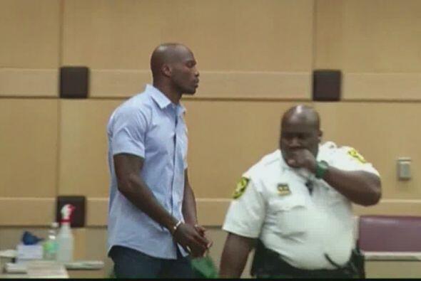 Una nalgada le costó 30 días en la cárcel al controversial jugador de fu...