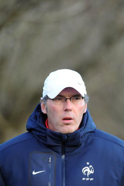 El seleccionador francés, Laurent Blanc, afirmó que no cambiará su forma...