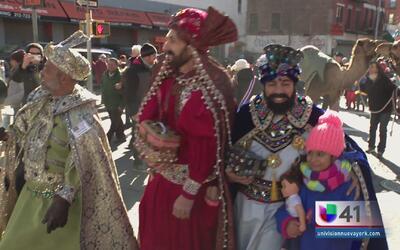 Desfile de Reyes anima las calles de Harlem