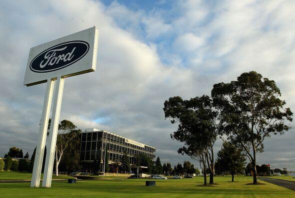 FORD- En el primer trimestre de 2012 las ganancias de Ford disminuyeron...