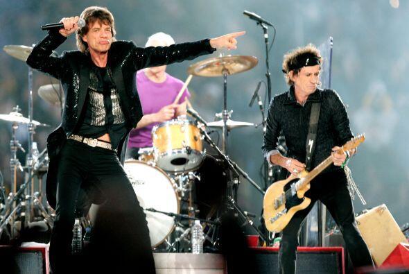 La legendaria banda The Rolling Stones amenizó el medio tiempo de este p...