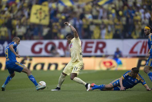 América trató de proponer el partido desde el inicio en busca del gol qu...