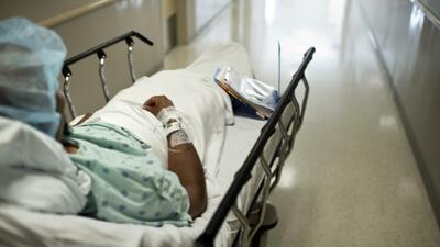 La mujer de 53 años fue al hospital porque sufría de un dolor agudo: &qu...
