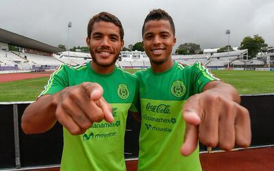 'Jona' y 'Gio' dos Santos, felices por estar nuevamente convocados.