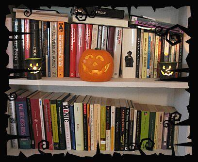 Café con leche y libros con calabazasY como el café con leche, los libro...
