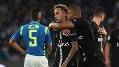 El dúo letal del PSG, Neymar y Mbappé, con claroscuros en el juego ante el Napoli