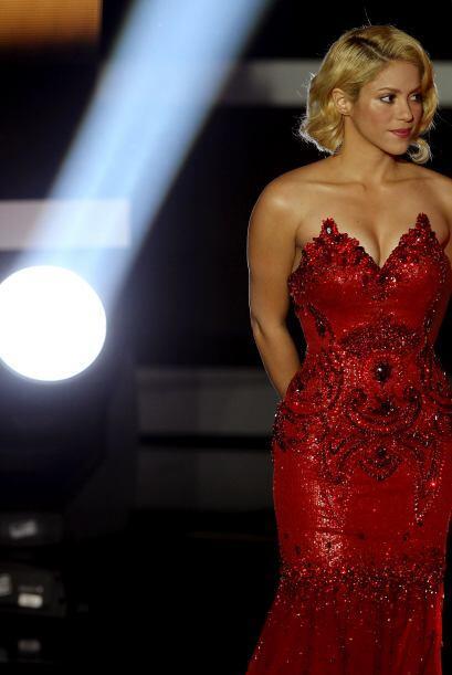 Shakira  Shakira Isabel Mebarak Ripoll nació en Colombia de padres de a...