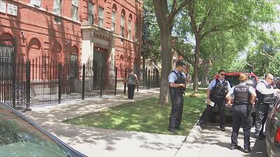 Encuentran el cuerpo de una menor de 3 años de edad en un apartamento en...