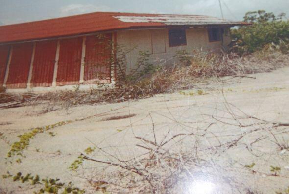 El edificio fue utilizado un tiempo por FURA y se deterioró. Finalmente...