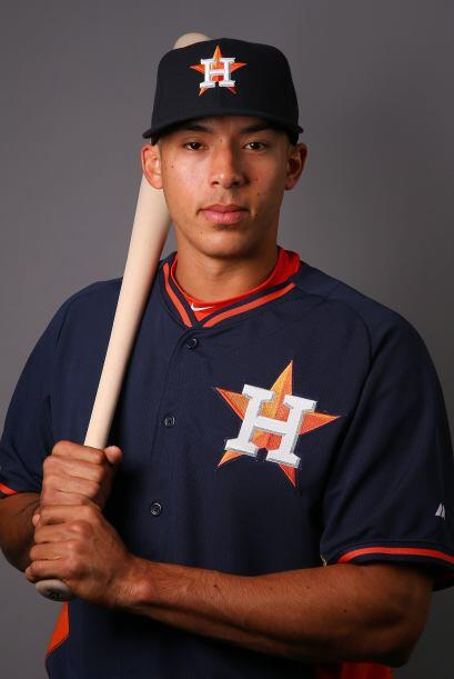 Con 22 años, es uno de los deportistas promesa del béisbol. Es el jugado...