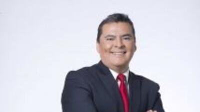 Héctor Lozanopresentador del segmento deportivo para Noticias Univision...